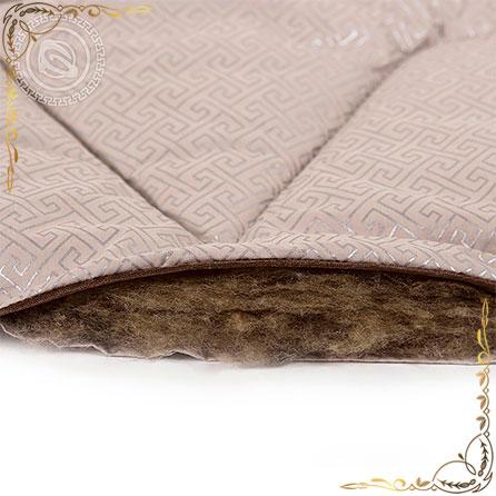 Одеяло тик пухоперовой Camel пл.200гр/м кремовое. Вид вблизи 2.