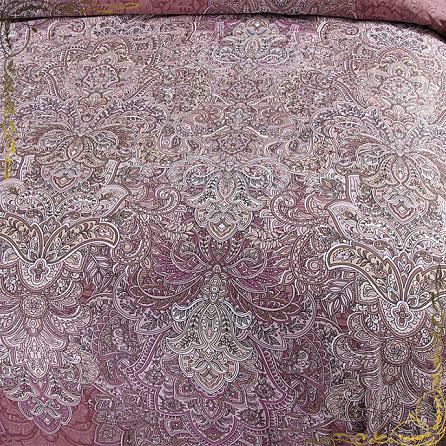 Комплект Пачули 1С. Материал сатин. Цвет фиолетовый. Вид вблизи.
