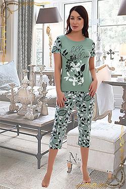 Пижама с футболкой и бриджами 5549