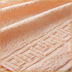 Бордюр персиковое махровое полотенце